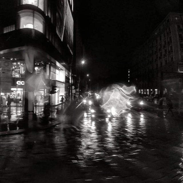 Sera di pioggia a Milano Rainy night in Milan Regnerischehellip